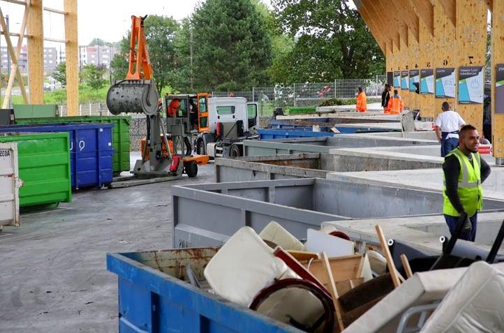 Métiers du recyclage de meuble - agent de tri